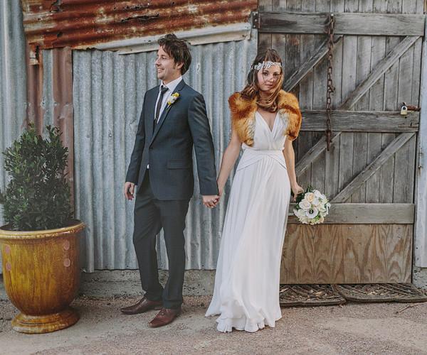 TONY & ALEXIE . MERRIBEE HOUSE WEDDING